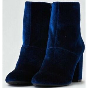American Eagle Blue Velvet Heeled Booties